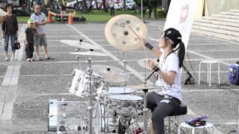 드럼 연주자의 귀염,깜찍,미소 절대주의( 드럼연주) 羅小白 크레용팝BarBarBar