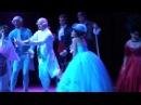 09/01/2011 Mozart L'Opéra Rock - GAG DU 9 JANVIER LE MARIAGE - Mikele avec une robe