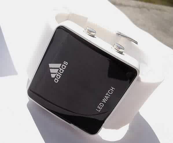 Купить недорогие спортивные наручные часы для бега и