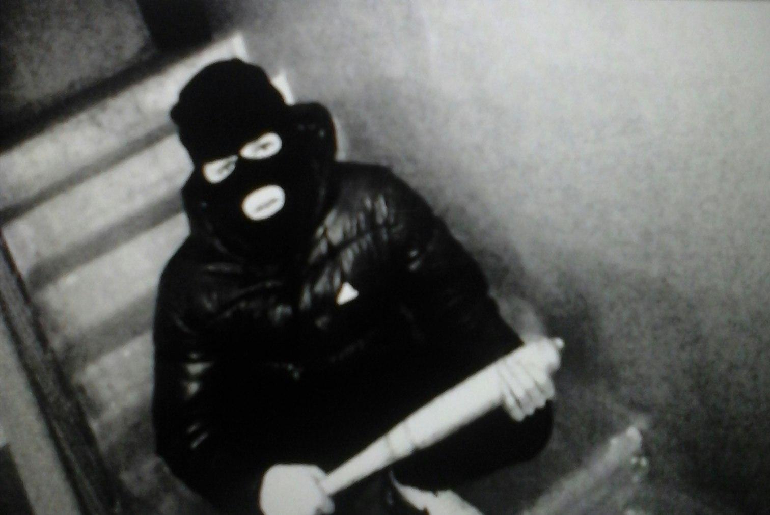 Фото чувака в маске 5 фотография