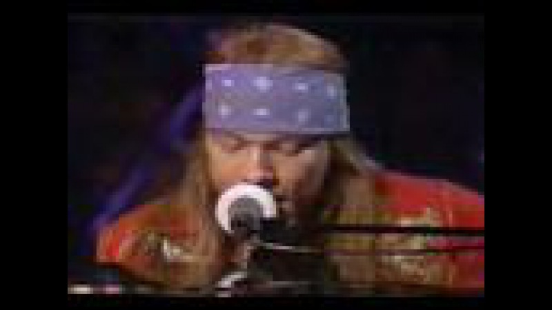 Guns N Roses Ft. Sir Elton John Playing November Rain