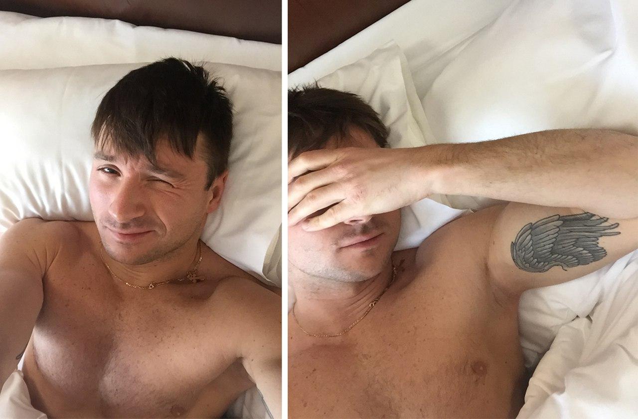 Сергей лазарев фото с татуировкой