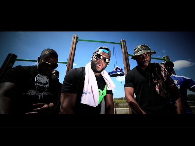 Black Brut feat Gradur Kozi SMS REMIX (Clip Officiel)