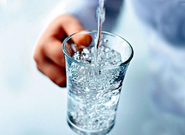 чистая вода ,зачем пить?