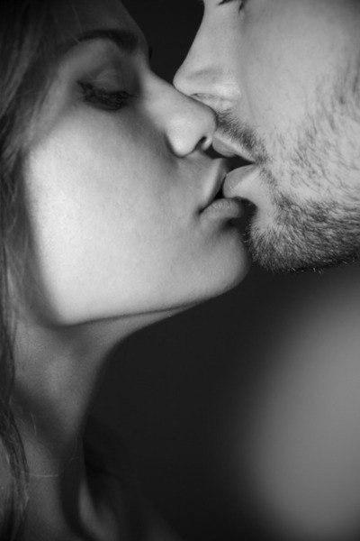Любовь и страсть: психология отношений | Консультация