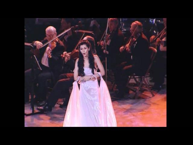 EMMA SHAPPLIN - Spente Le Stelle. Live In Le Concert De Caesarea (HD). » Freewka.com - Смотреть онлайн в хорощем качестве