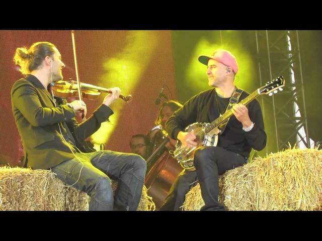 David Garrett and Marcus Wolf - Duelling Banjos (Würzburg, 31.05.13)