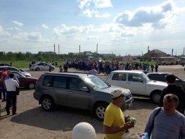 Российские регионы едва выживают из-за КрымНаш: На Ставрополье люди перекрыли трассу из-за невыплаты зарплаты