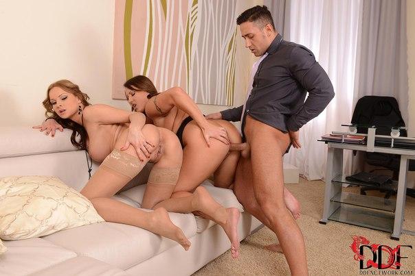 Порно фото секс в офисе ddf