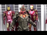 AVP present - Romics 2015 Ultron