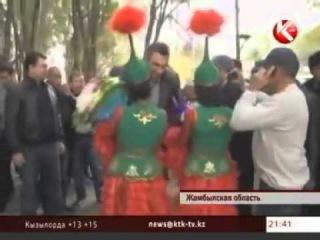 Братья Кличко возвращаються на родину в Казахстан село Кулан под Таразом