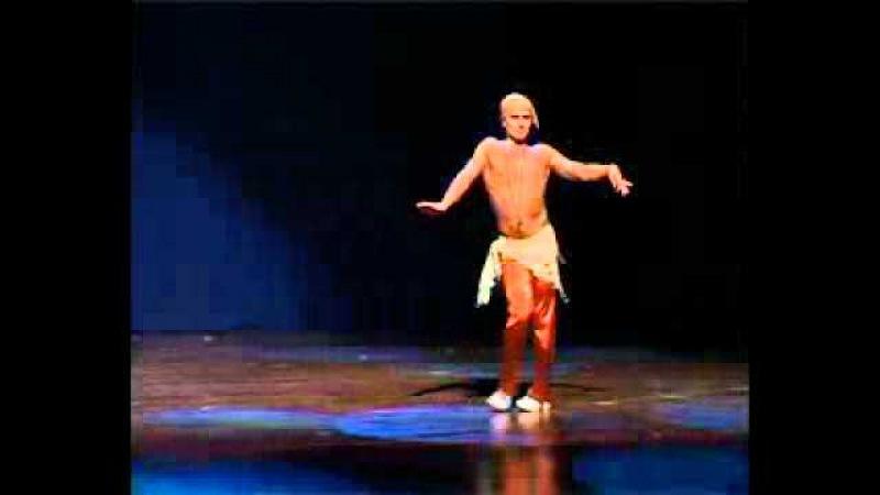 Мужской восточный танец живота.flv
