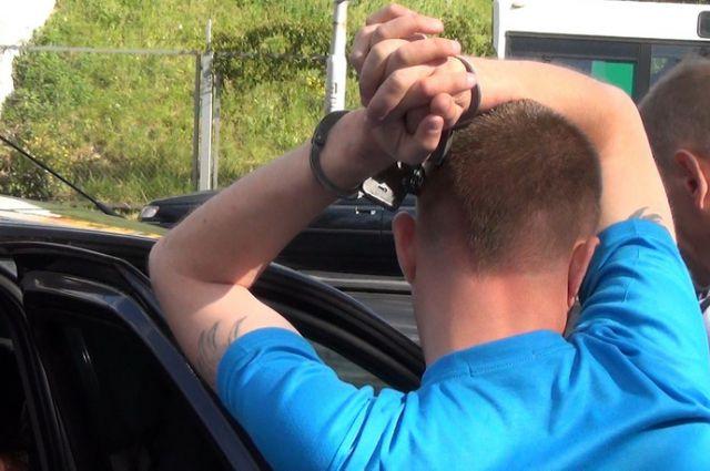 В Таганроге инспекторы ДПС задержали водителя Renault LOGAN с наркотиками