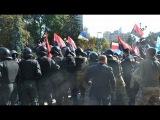 УКРАИНА НОВОСТИ Прямая трансляция драк Правого Сектора с милицией 17 09 2014
