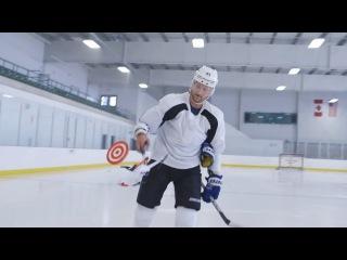 Хоккеист против дрона