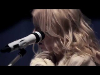 iamamiwhoami; the deadlock (live @ CONCERT IN BLUE)