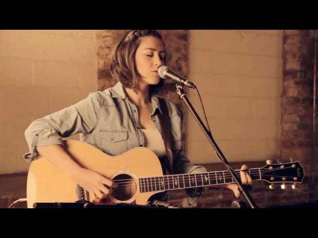 Alex Clare - Too Close (Hannah Trigwell acoustic cover)