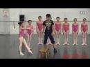 Тренировка юных гимнасток из Китая