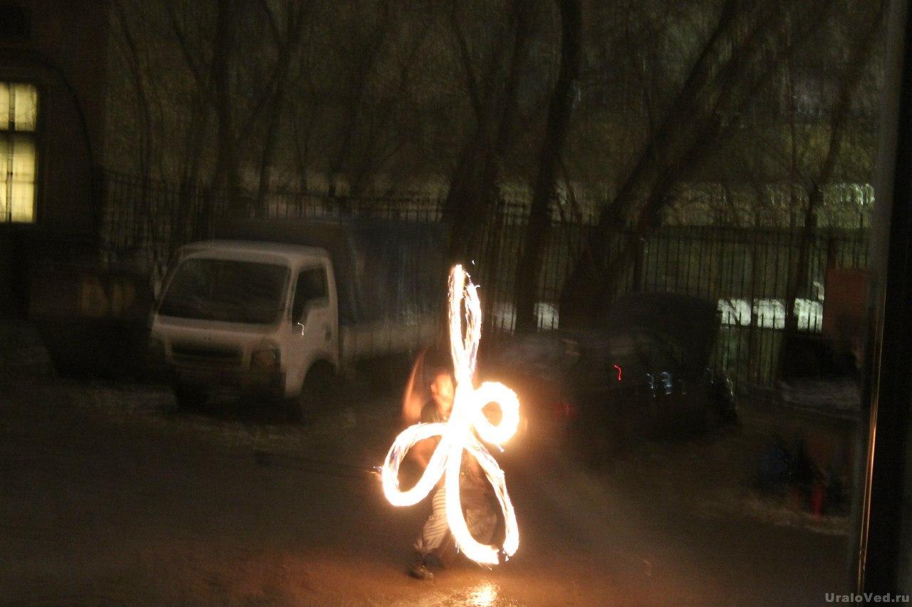 Фаер-шоу от театра огня Tandava