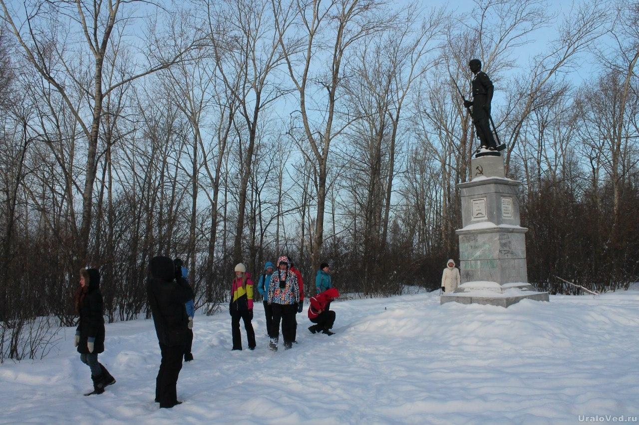 Памятник убитым красноармейцам