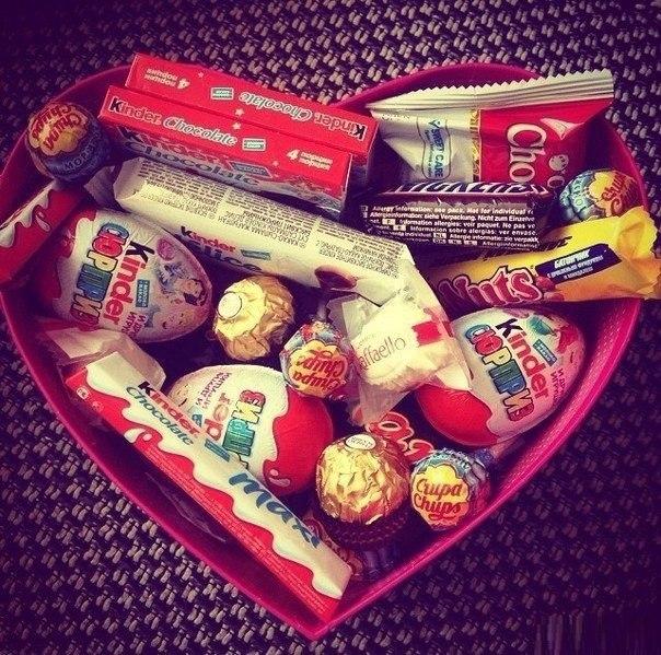 Подарок из сладостей фото