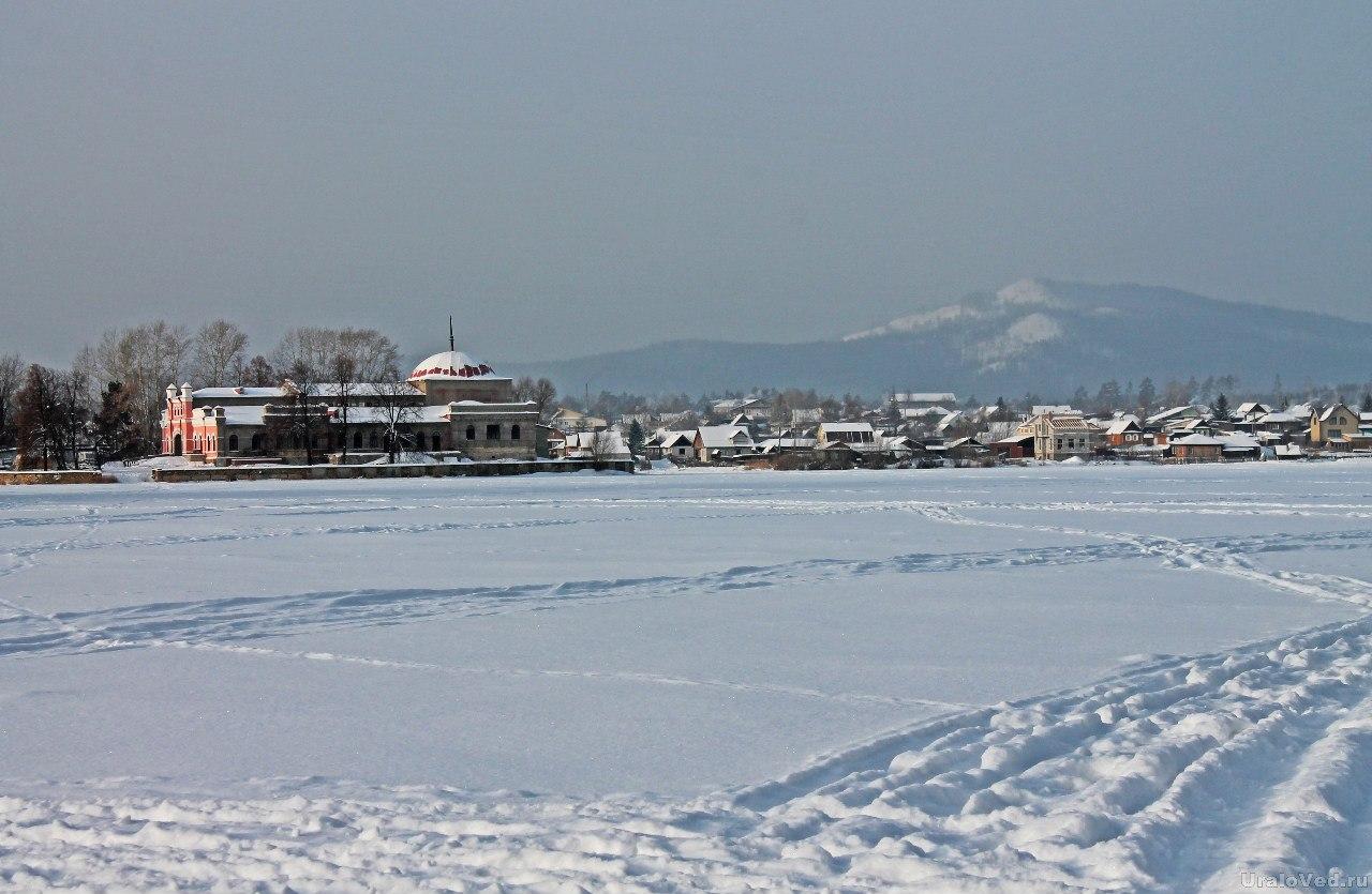 Вид с Кыштымского пруда
