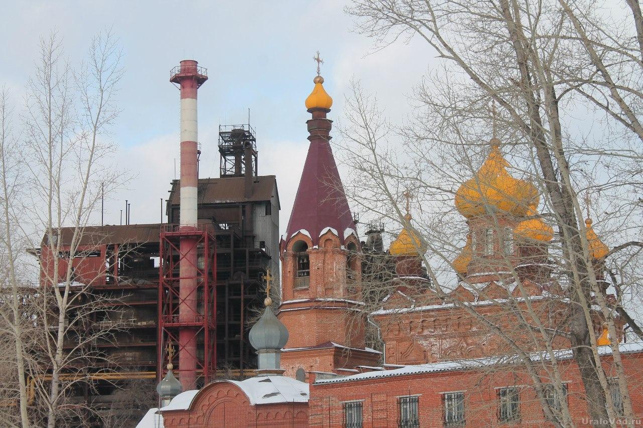 Храм и Саткинский завод