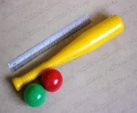 Бейсбольная бита + 2 шара, Войтович