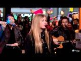 Avril Lavigne - Wish You Were Here (GMA 22112011)