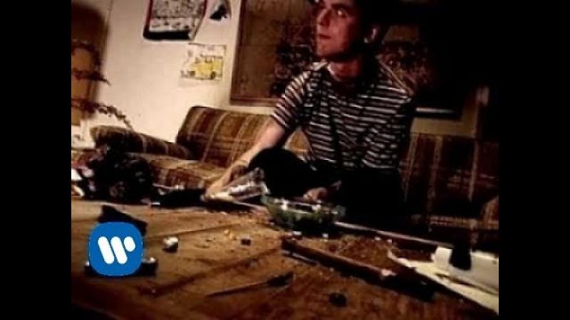 Green Day - Longview (Video)