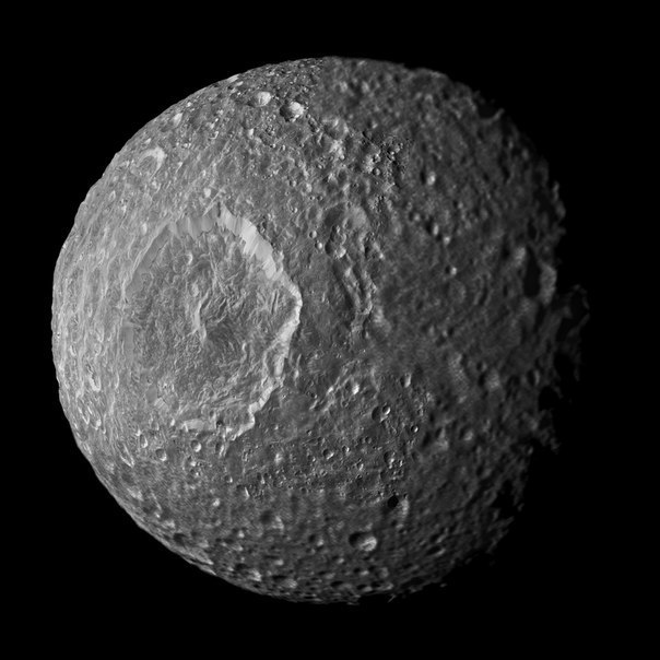Best evidence yet for alien life on Saturns moon found by