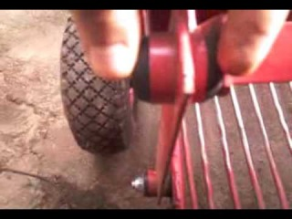 Камянская грохотная картофелекопалка для мотоблока Мотор Сич, видео обзор №2