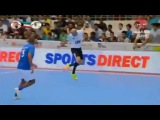 Zinedine Zidanes sensational touch in futsal game in Dubai 2015