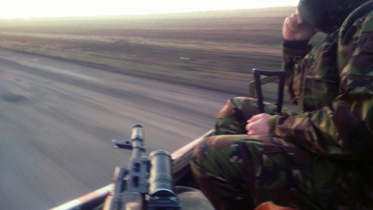 колона украинских войск и подствольник