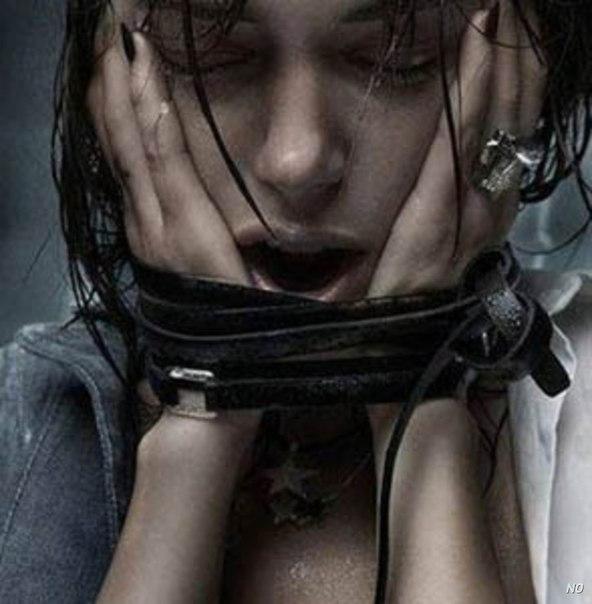 Тяжелый депрессивный эпизод с психотическими симптомами