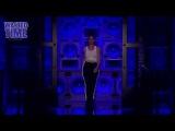 Stand Up  Энн Хэтэуэй в роли Майли Сайрус