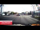 Видео с регистратора: момент столкновения мотоцикла и «Мерседеса» на проспекте Октября в Уфе