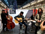 Rival Sons-Young Love( live acoustic) St. Pancras Station 8.12.2011