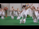 Девочки-гимнастки -красиво танцуют~Kiev/06.04.2012/