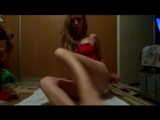 Видео юля мастурбирует фото 263-201