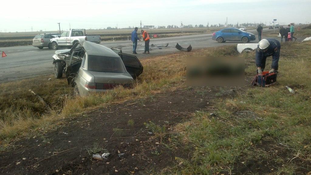 На трассе «Таганрог-Ростов» столкнулись Mazda и «ВАЗ-2110»
