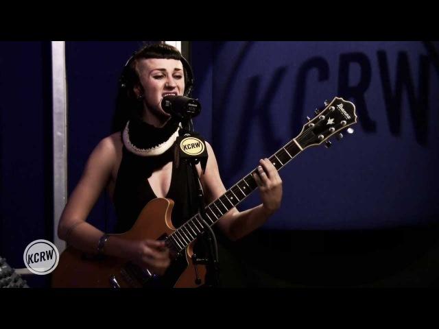 Hiatus Kaiyote performing Breathing Underwater Live on KCRW