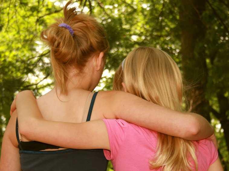 В Таганроге полицейские «по горячим следам» отыскали двух 13-летних девочек
