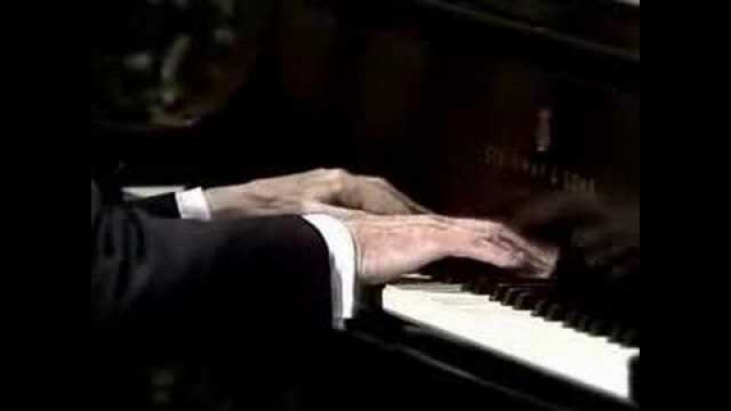 HOROWITZ AT THE WHITE HOUSE 4-Chopin Waltz Op.64-2
