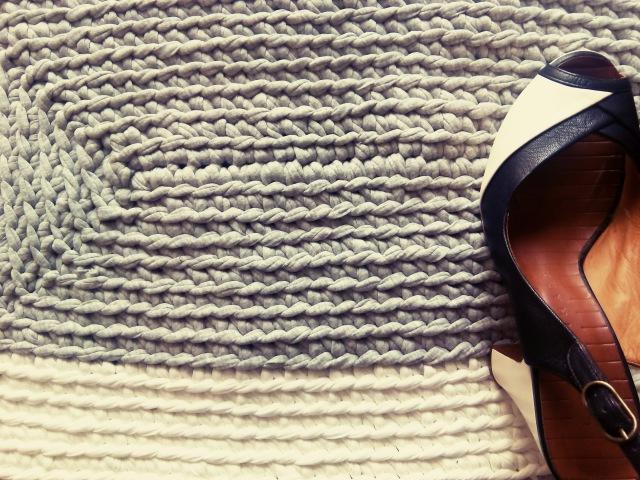 Прямоугольный коврик / Cómo hacer una alfombra de trapillo rectangular