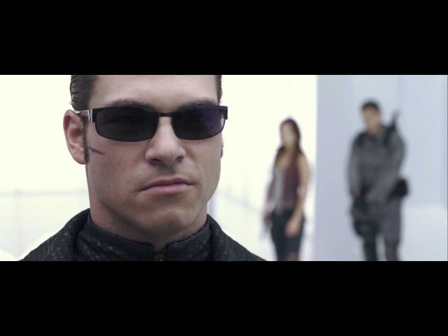 Resident Evil: AfterLife. Chris, Claire Alice VS Wesker. Fight Scene. HD 1080p.