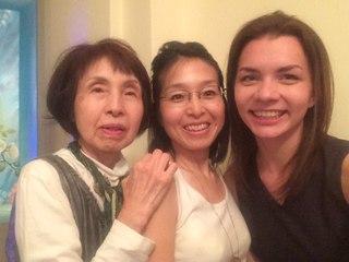 Японская делегация и Нина Мегре