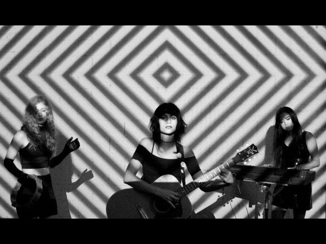 L.A. WITCH -- HEART OF DARKNESS [Official Video]