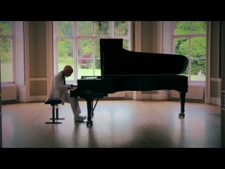 Chopin - Waltz in C sharp minor, op 64 no 2 performed by Phillip Dyson