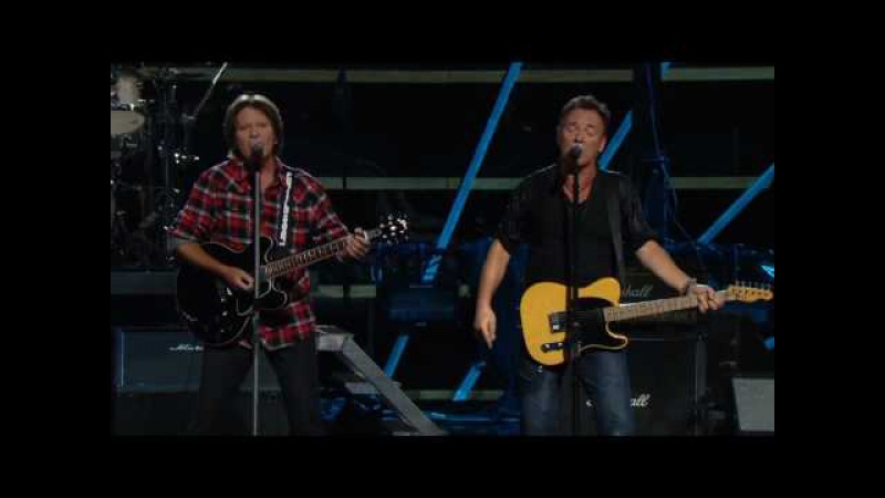 Bruce Springsteen w. John Fogerty - Pretty Woman - Madison Square Garden, NYC - 2009102930
